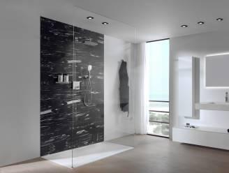 Je badkamer- of douchewand bekleden? Dit zijn de opties
