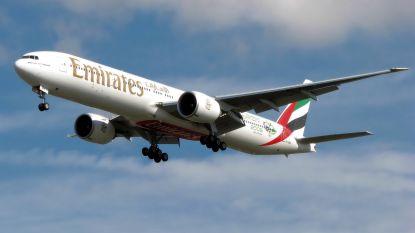 Stewardess sterft na val uit Boeing 777