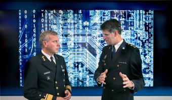 Een militair moet makkelijker agent kunnen worden - en andersom