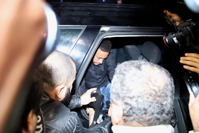 Neymar a connu un premier épisode judiciaire en étant entendu par la police jeudi soir à Rio de Janeiro