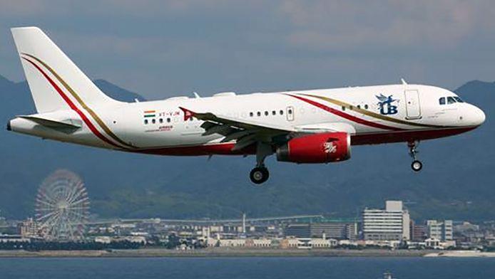 De Airbus A319.