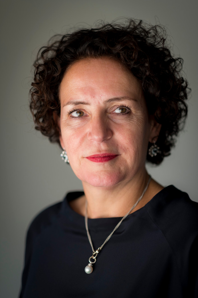 Resi Becker, sinds zomer 2017 directeur Mail bij PostNL.