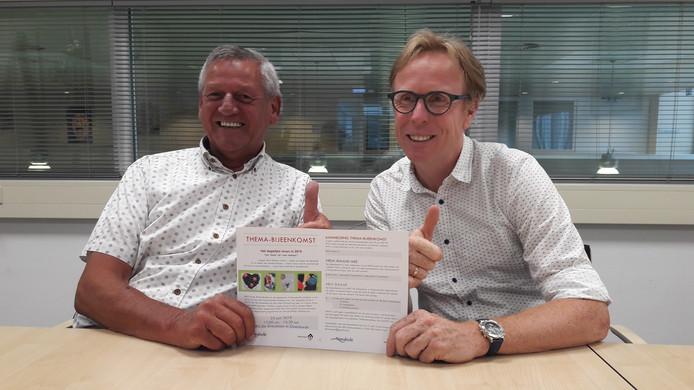 Christ de Weert van de KBO Kring Woensdrecht en wethouder Lars van der Beek zetten samen de schouders onder de informatieve themamiddag 'Het dagelijks leven in 2019' voor alle senioren uit de gemeente.