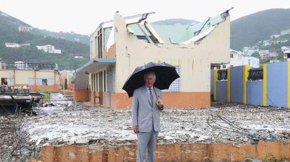 Prins Charles bezoekt getroffen Caraïben na doortocht van orkanen