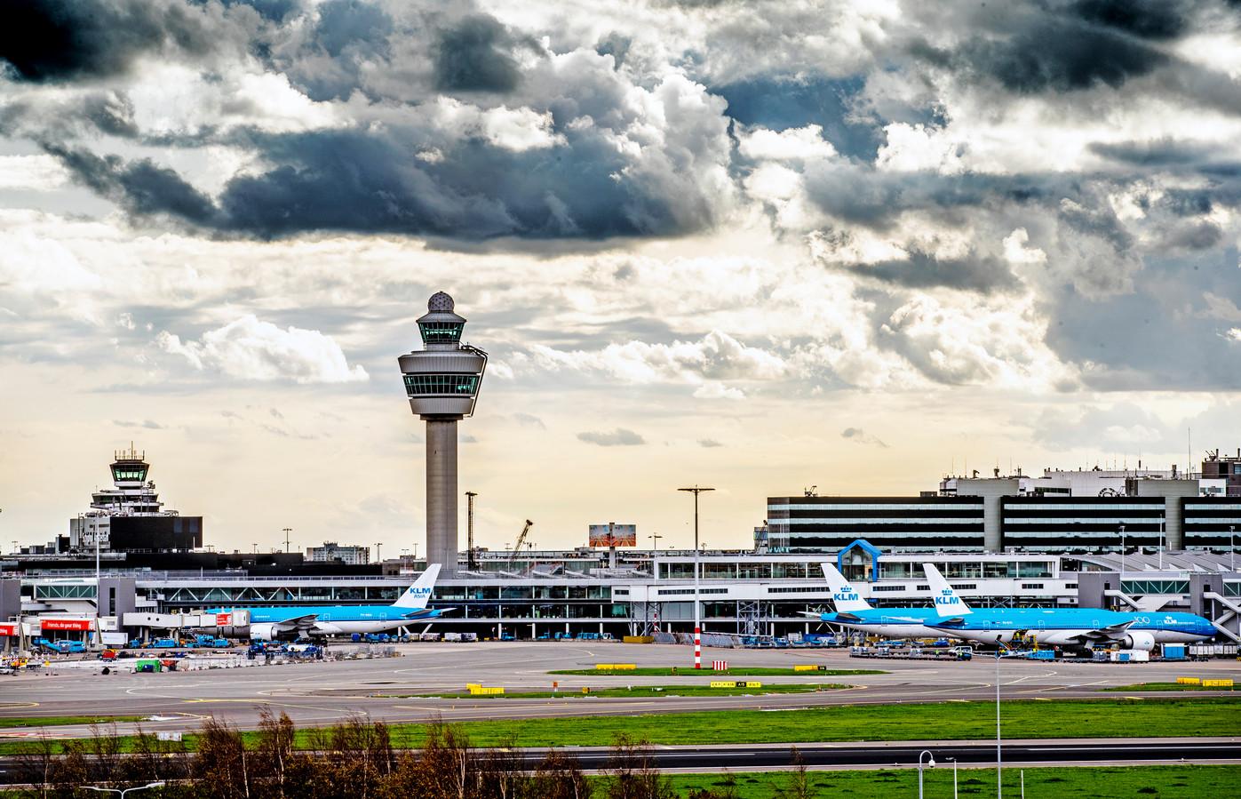 Reizigers die een voucher weigerden moeten per direct hun geld terugkrijgen.