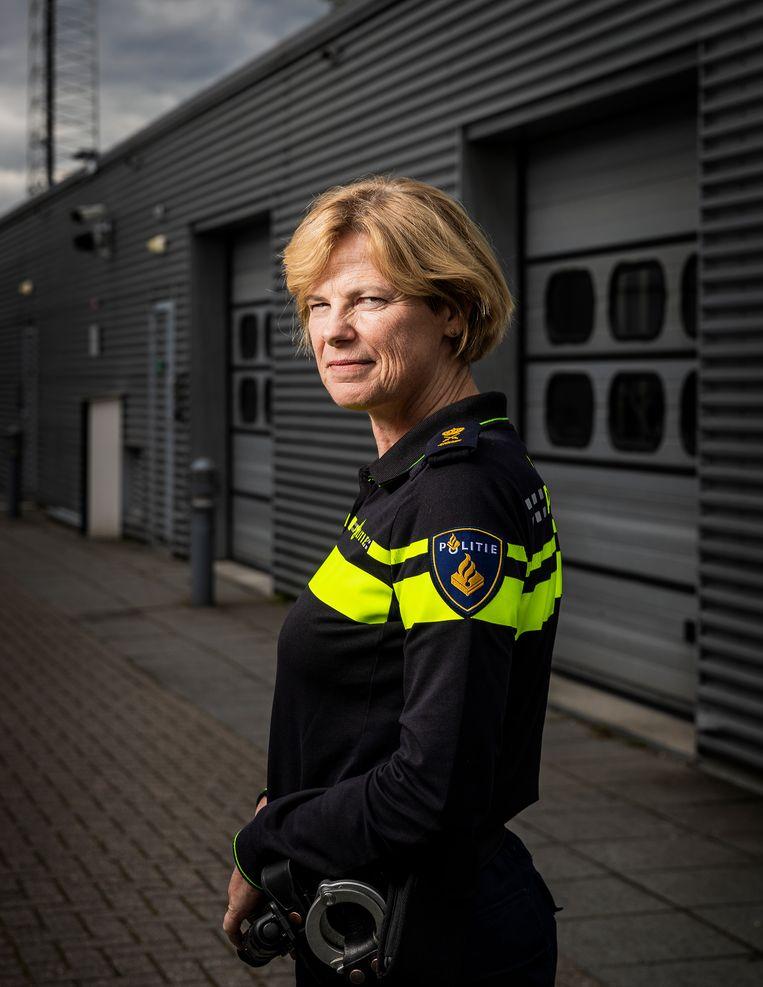 Jannine van den Berg, hoofdcommissaris van de Landelijke Politie Eenheid: 'Je wilt een veilige omgeving waarin mensen zich durven uit te spreken, zonder dat dit consequenties heeft voor hun gedrag.' Beeld Jiri Büller