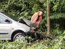 Ongeluk op kletsnatte afrit A27 bij Eemnes
