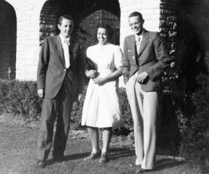 John Coleman (links) met Annemie en Jan Franken in Milwaukee, 1946.