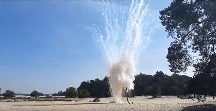 De granaat werd tot ontploffing gebracht