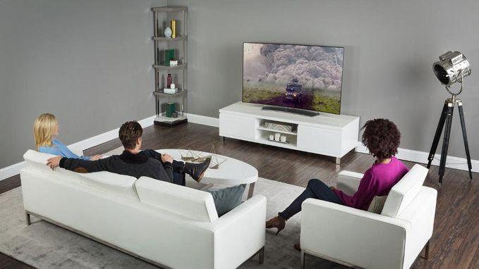 Hoe ver moet je televisietoestel staan in de woonkamer?