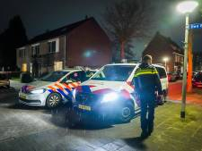 Vrouw door onbekende man in rug gestoken in Eindhoven, lichtgewond naar ziekenhuis