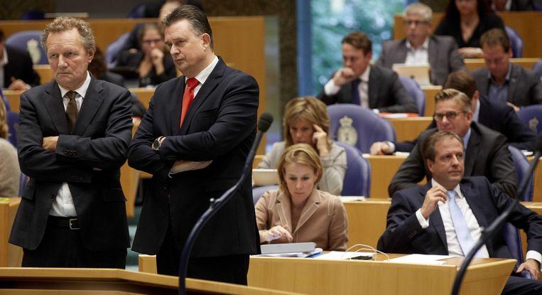 GroenLinks-fractievoorzitter Bram van Ojik (L) en SP-fractieleder Emile Roemer tijdens de Algemene Politieke Beschouwingen. Beeld anp