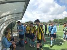 Vader en moeder van overleden voetballer Tijmen (13) kijken terug op 'overweldigend' toernooi