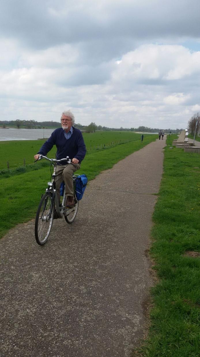 Fietsen langs de IJssel