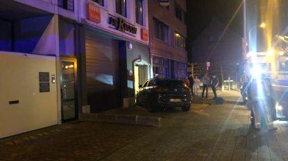 Auto belandt tegen voordeur van woning in Wijnegem