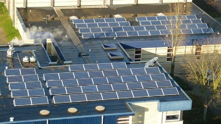 Een eerder project van 4NewEnergy in Nijmegen, 92 panelen op wijkcentrum Hatert. Beeld 4NewEnergy