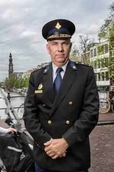 Amsterdamse politiebaas: Ik bid vooral voor wijsheid, om het goed te doen