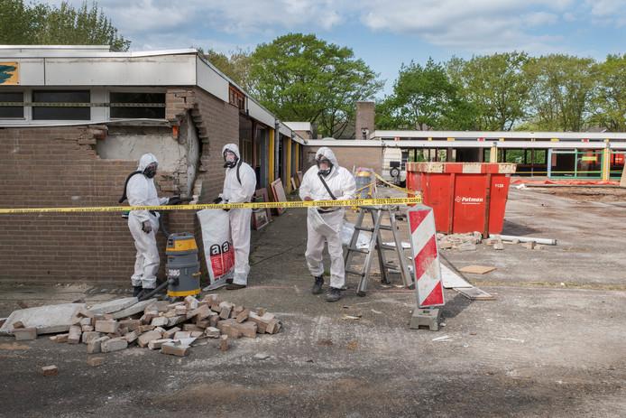 Basisschool De Sprankel wordt gesloopt. In juni moet de klus klaar zijn.