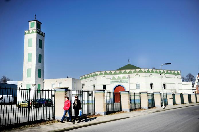 De moskee waar de brandbom op werd gegooid in Enschede.