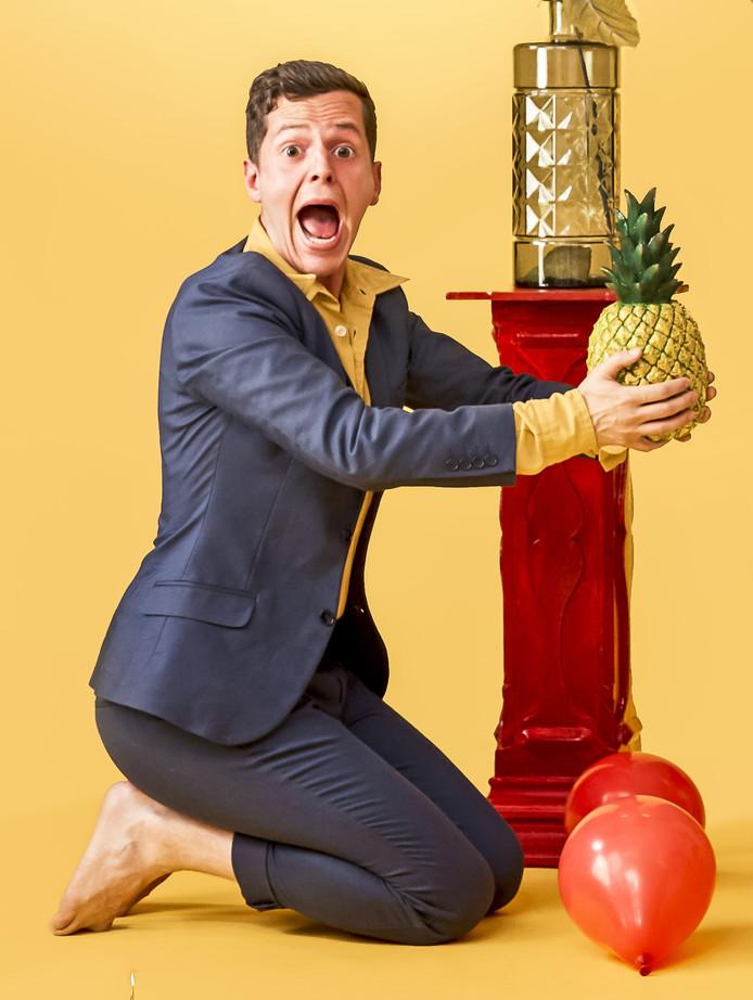 Cabaretier Jules Keeris uit Knegsel heeft een carnavalssingle uitgebracht.