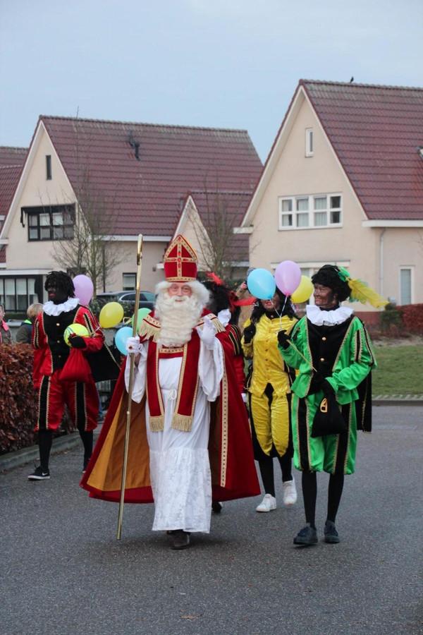 Willy Grijpma als hulp-Sinterklaas.