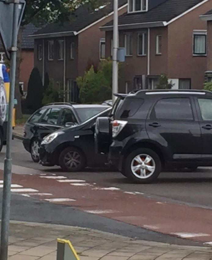 Ongeval (8/10/2019) op de kruising Oldenzaalsestraat/Schouwinkstraat in Enschede