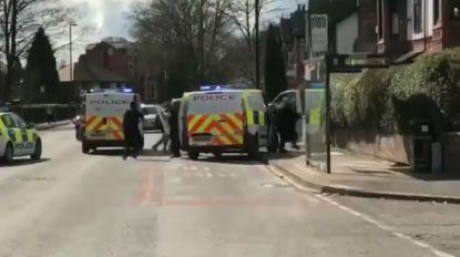 Man verwondt Britse agent met een zwaard