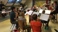 Ongedwongen samen musiceren bij het instaporkest