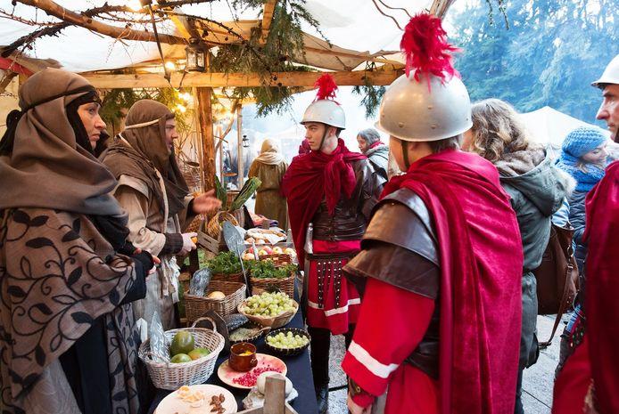 Romeinse soldaten in het Kerstevent Wandeltheater