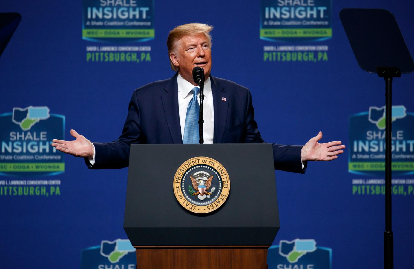 President Donald Trump belooft een 'grensmuur' in Colorado.