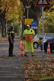 Teststraat GGD in Breda beklad en vernield met graffiti, verkeersregelaars geïntimideerd
