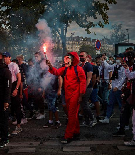 5000 fans van PSG kijken in Parc des Princes naar finale in Lissabon