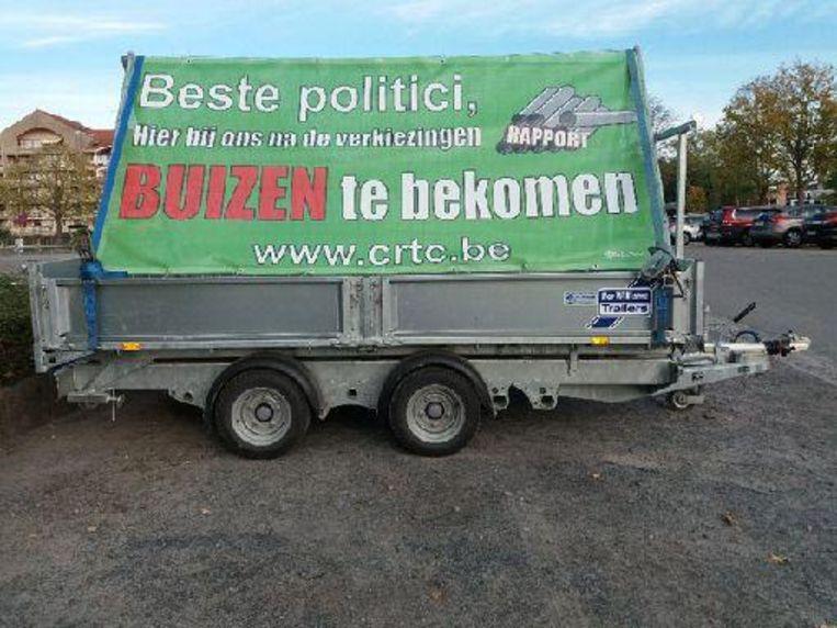 De aanhangwagen voor gebuisde politici.