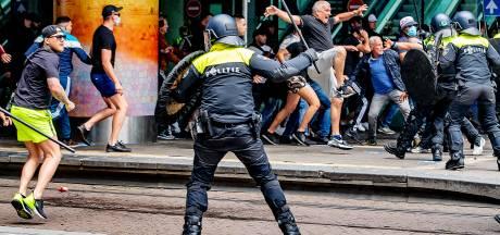 Celstraffen voor relschoppers om 'explosie van geweld' tegen politie bij verboden demonstratie