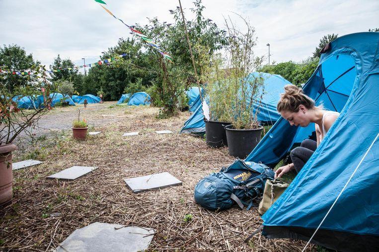 Net als vorig jaar kan je kamperen op camping Almost Perfect in de Chinastraat.