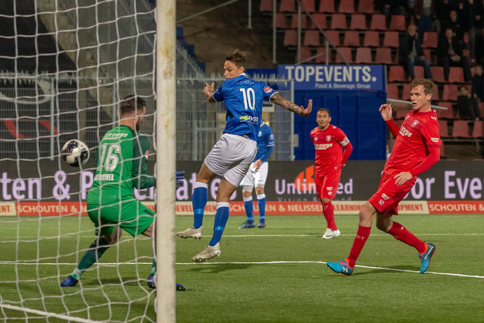 Stefano Beltrame maakt de 1-0.