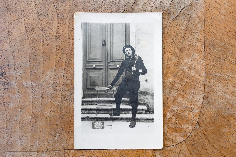 César Vincent in zijn soldatenuniform, nazomer 1914.  Beeld Sas Schilten