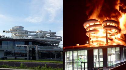 """Acht maanden na inferno in Kortrijks zwembad test brandweer vijf nieuwe glijbanen uit: """"Die zwarte is echt megasnel"""""""