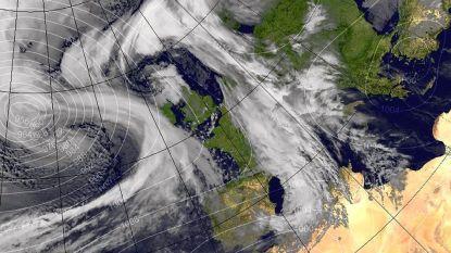 """Britten zetten zich schrap voor """"levensgevaarlijke"""" storm"""
