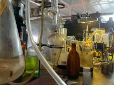 Crystal methlab met aanzienlijke hoeveelheid drugs ontmanteld in Eemnes