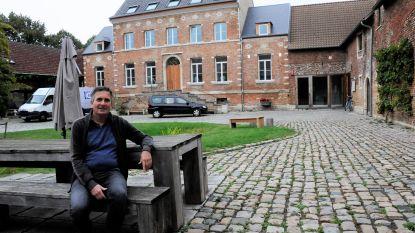"""Tien jaar verbouwingen aan Kasteelhoeve in Wange: """"Al bijzonder veel gerealiseerd, maar we hebben nog plannen"""""""