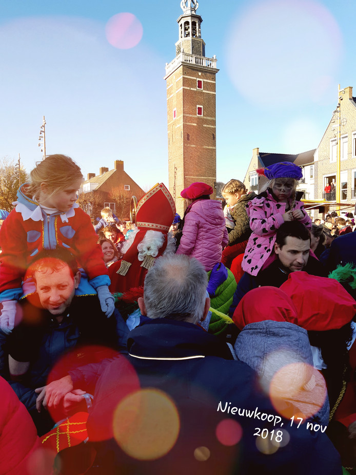 Intocht Sinterklaas Nieuwkoop drukker dan ooit!, laat Erik weten.