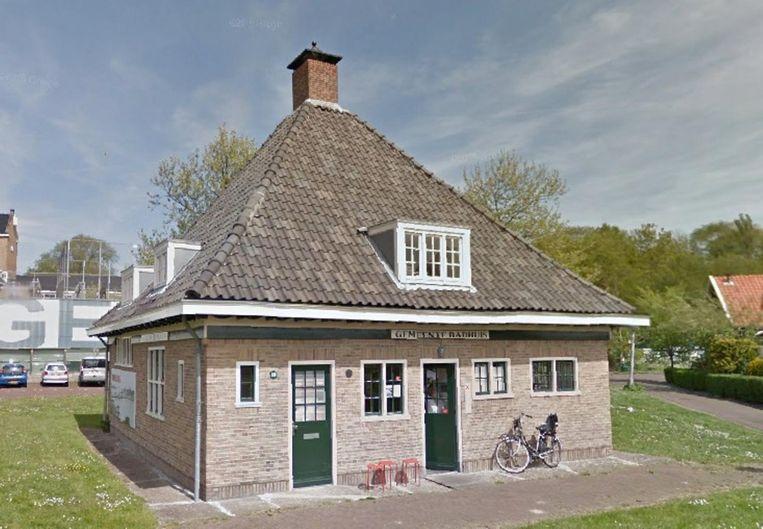 Het voormalige badhuis in Vogeldorp Beeld Google Streetview
