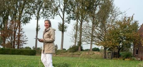 Kuieren op dijkjes langs oude polders bij Kwadendamme