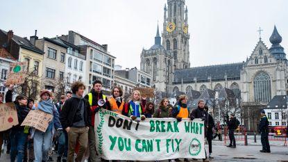 Half zoveel klimaatbetogers als vorige week in Antwerpen