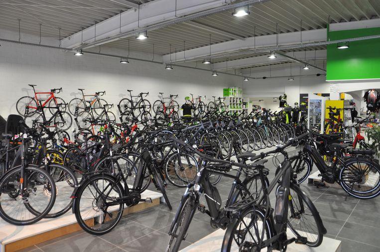 De fietsen in de toonzaal bleven onaangeroerd.