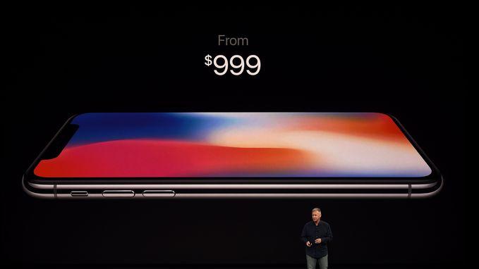 """""""Te duur, te veel glas en 'Android heeft dat al'"""": Apple krijgt forse kritiek na presentatie iPhone X"""