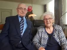 Door Café Assink al 65 jaar gelukkig in Jordaanhoeve