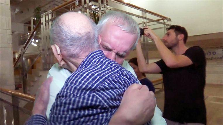 Eliahu Pietruszka dacht dat hij de enige overlevende was van zijn familie na de Tweede Wereldoorlog. Maar vorige week heeft hij zijn neef ontmoet.