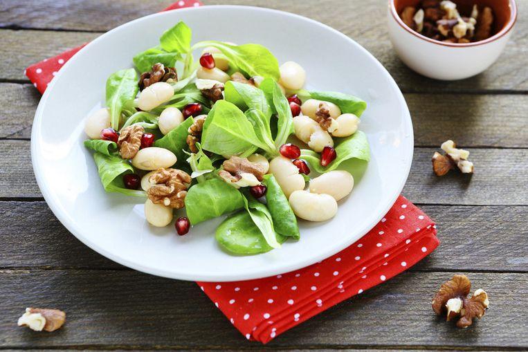 De meeste noten kan je heerlijk verwerken in een salade